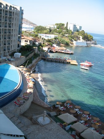 Charisma De Luxe Hotel: View from the room