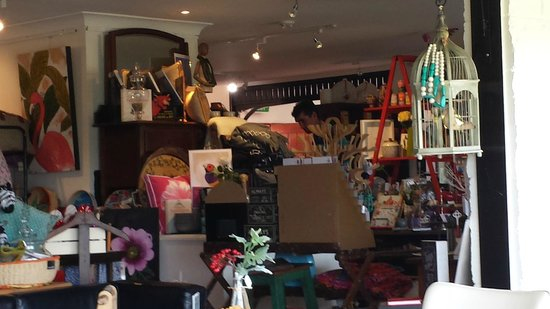 Elements at Montville: lovely quircky shop