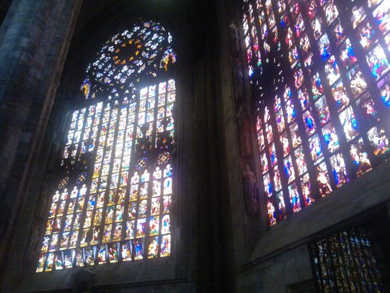 Domplatz: Duomo's Stained Glass