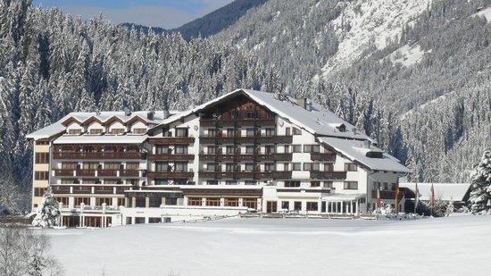 Hotel Weisseespitze: Winteridylle