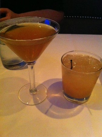Oceanaire Seafood Room : sidecar and skyy VO greyhound