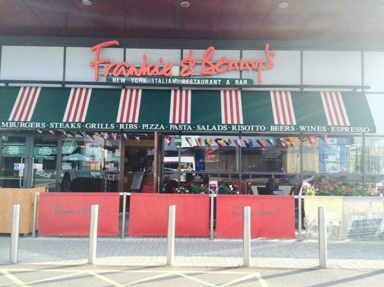 Frankie And Benny's: F&B Crawley