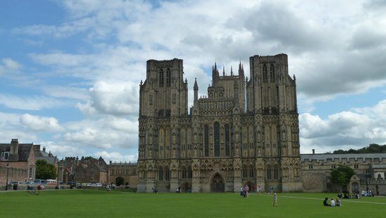 Wells Cathedral: stunning masterpiece