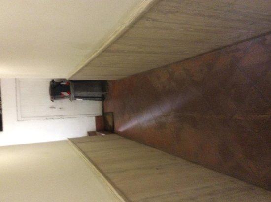 Hotel Teatro di Pompeo : dependance scale