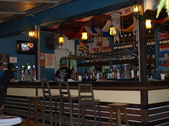 Basaga Holiday Residences : bar