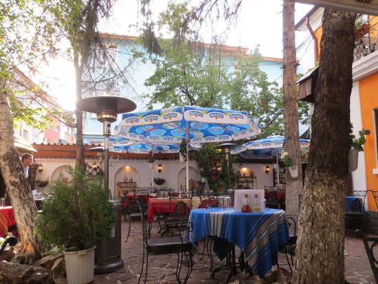 Manastirska Magernitza: Umbrella with advertisement does not fit the decor style