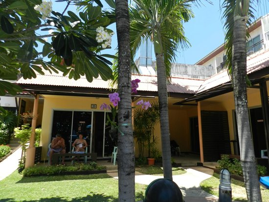 Rico's Bungalows: Территория отеля