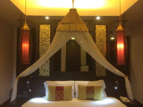 Siripanna Villa Resort & Spa: Grand bed