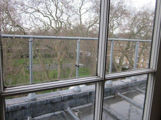 Goodenough Club: Vue de la fenêtre