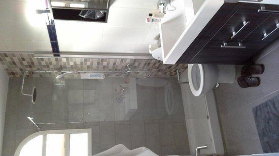 Club Torso Gay Resort : salle de bain