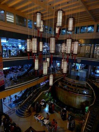 Thuong Xa Tax (Saigon Tax Trade Center): Hall Thuong Xa Tax Saïgon.