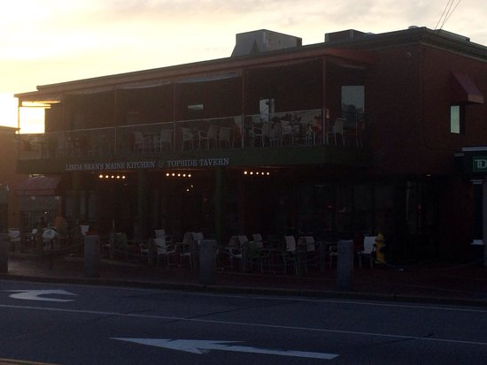 Linda Bean's Maine Kitchen and Topside Tavern: Early morning