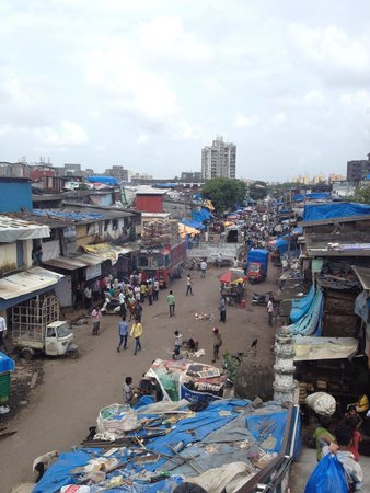 Be The Local Tours and Travel: Dharavi slum tour- captured at Mahim station