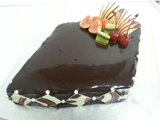 E Hotel: July Month 2nd Cake