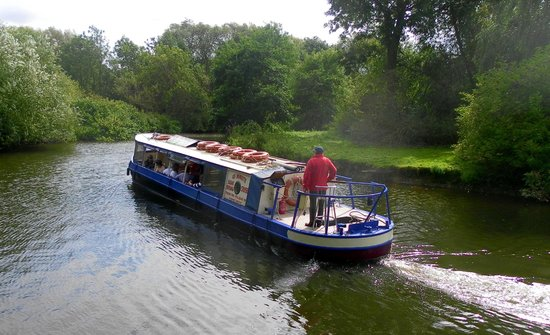 Crowne Plaza Stratford-Upon-Avon: A River Avon cruise from the Hotel.