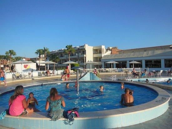 Festival Shedwan Golden Beach Resort: бассейн