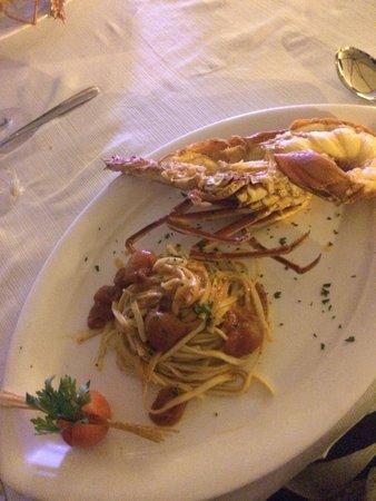 Al Pescatore Hotel & Restaurant : Gustosissimo primo con aragosta FRESCA, NON DI ALLEVAMENTO! Un primo squisito al giusto prezzo!