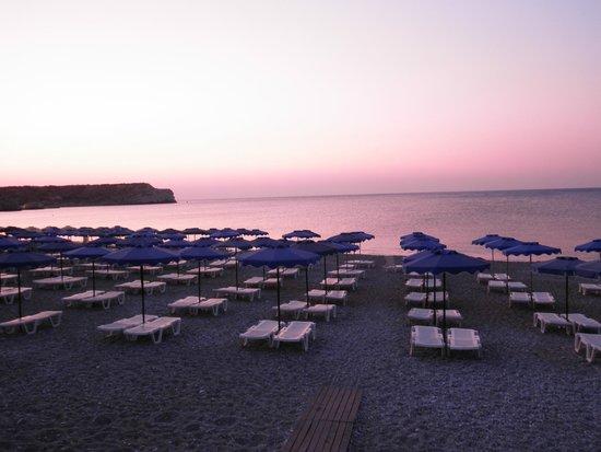 uitzicht vanaf poolbar Alfa beach hotel.