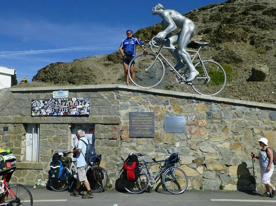 Col de Tourmalet: The top