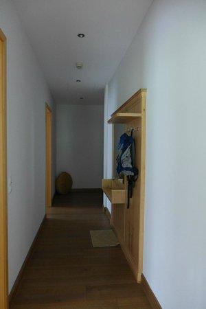 BEST WESTERN PLUS Berghotel Rehlegg: corridor in the room