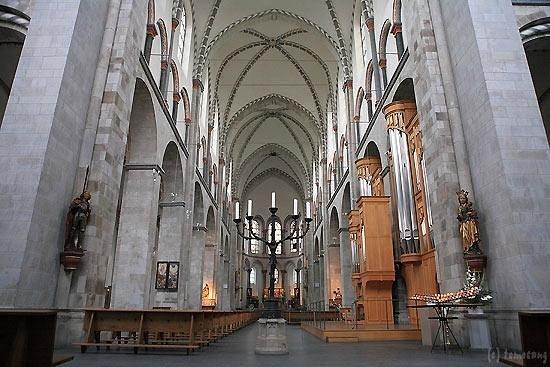 Basilika St. Kunibert: ケルン クニベルト教会