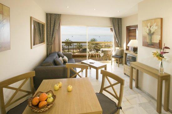 Sunset Beach Club: 1 Bedroom Apartment