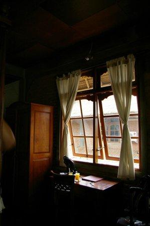 Bunga Permai Hotel: room