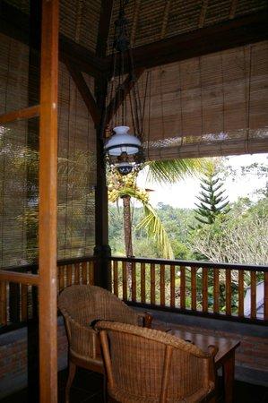 Bunga Permai Hotel: room balcony