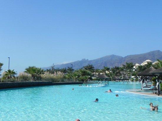 Gran Meliá Palacio de Isora Resort & Spa: Piscina de agua de mar