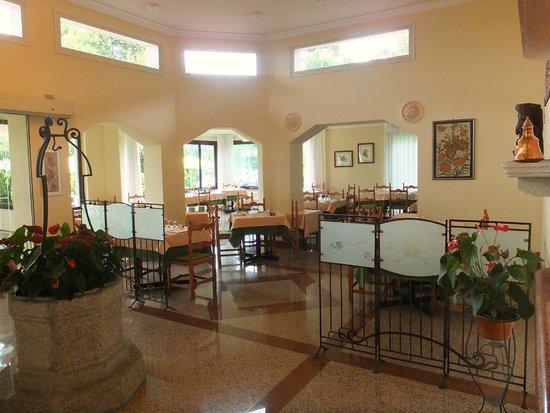 Hotel Lido La Perla Nera: Dining area