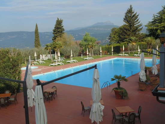 Boffenigo Small & Beautiful Hotel: Piscina esterna