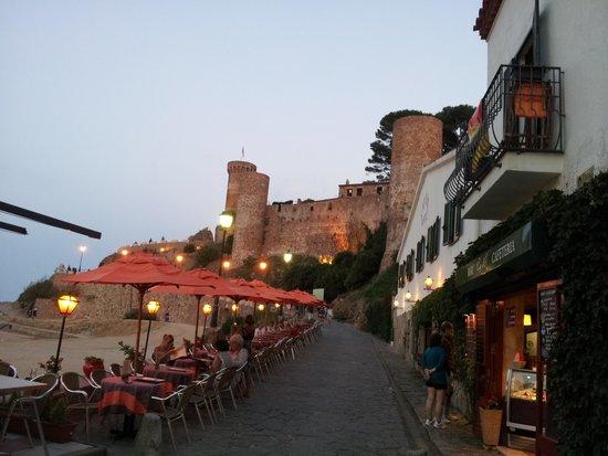 Hotel GHT Costa Brava: atardecer Tossa