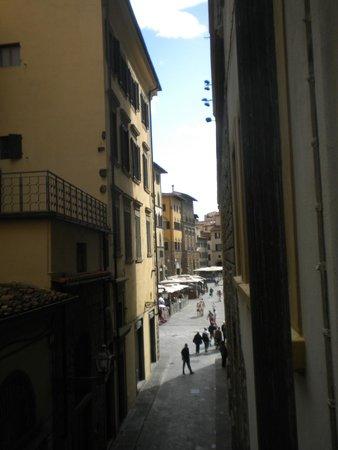 La Signoria di Firenze B&B: Looking from the hotel towards the Piazza della Signoria