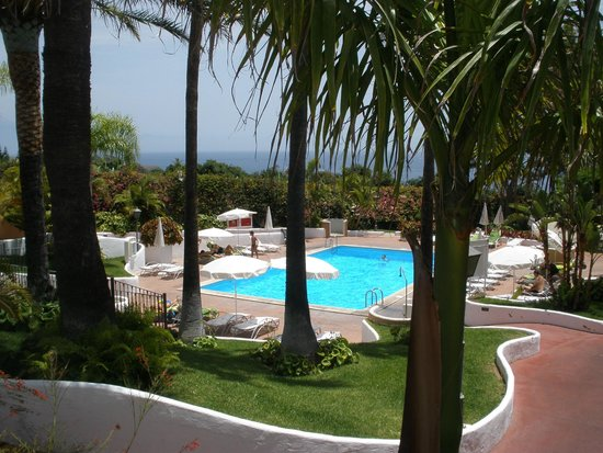 Hotel Jardin Tecina: Just one of the many swimming pools