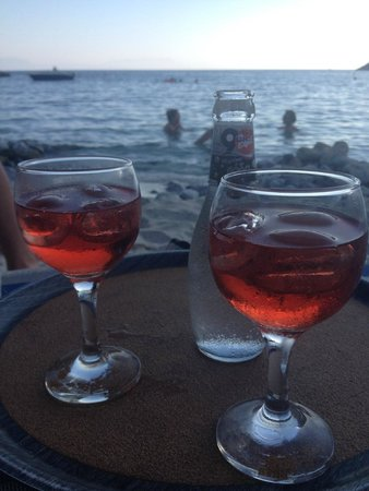 Limnonari Beach: Sundown in Limnonari