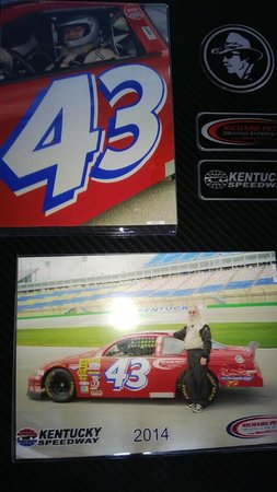 Richard Petty Driving Experience: Kentucky Speedway
