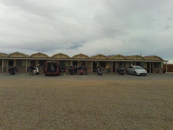 Whispering Sands Motel: vista della struttura