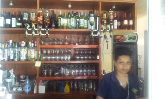 Surfers Beach Restaurant: The Bar and Lovely Barlady.
