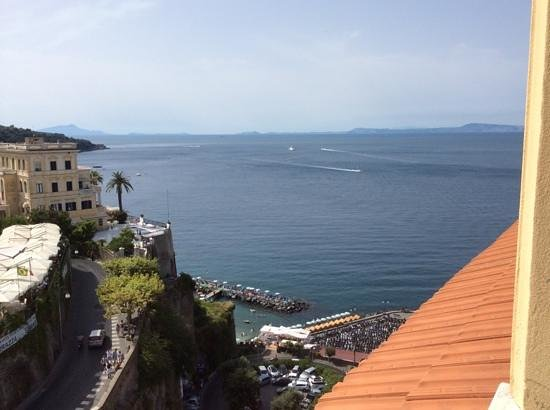 Grand Hotel Excelsior Vittoria : The view from our room.