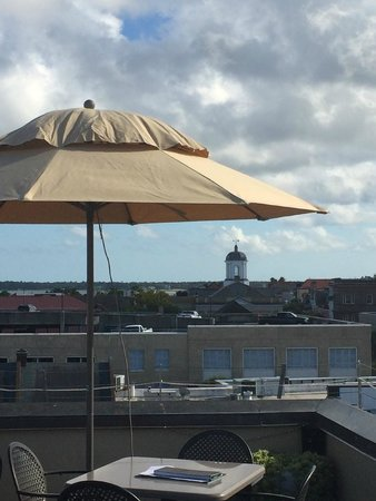 The Vendue Charleston's Art Hotel : view from rooftop bar