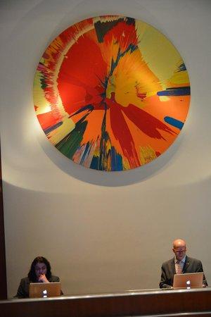 Le Parker Meridien New York: Concierge in Lobby