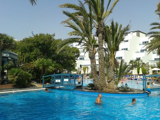 Seaside Los Jameos Playa : cool pool