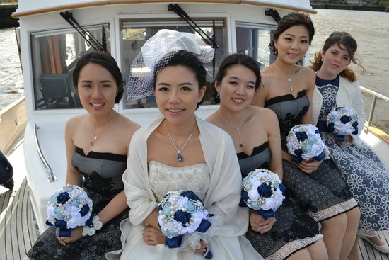 Seatrek Charter - Day Tours : The bride and bridesmaids