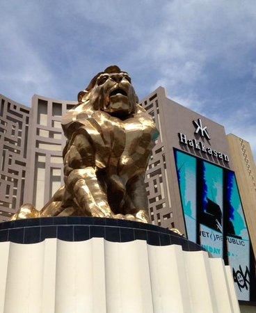 MGM Grand Hotel and Casino : Vu du Las Vegas boulevard