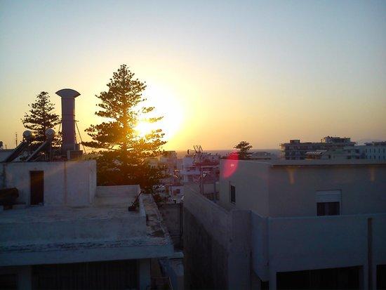 Atlantis City Hotel : Sunset