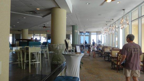 Hilton Singer Island Oceanfront/Palm Beaches Resort: salon desayunador- comedor