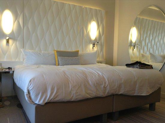 Renaissance Aix-en-Provence Hotel : the lush comfy bed