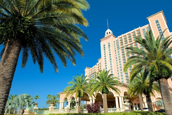 JW Marriott Orlando, Grande Lakes: Front of hotel