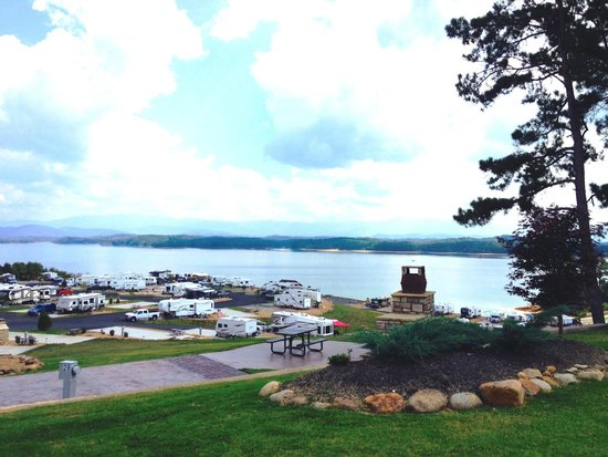 Anchor Down RV Resort: Lake view is amazing!