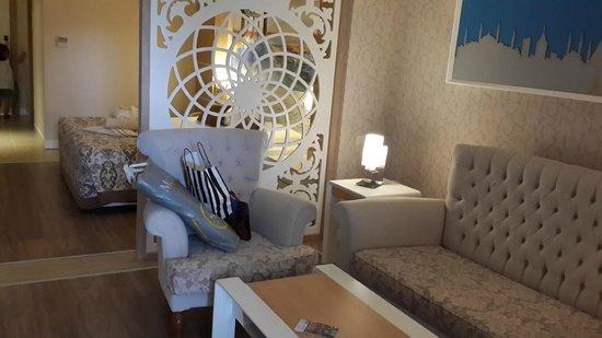 Crystal Sunset Luxury Resort & Spa: Standart Oda